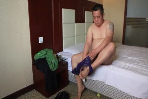 oriental Daddy Bear Shows Off filthy Body And Cums Like Fountain