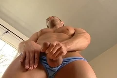Cody Cummings Jerk