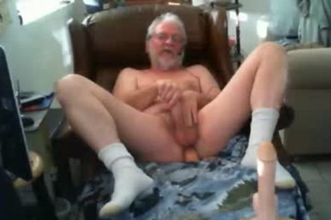 Grande Play With sextoy And jizz