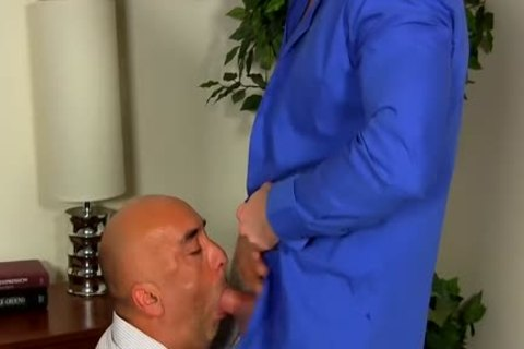 Shay Michaels bangs His Annoying Boss Brian In His butthole