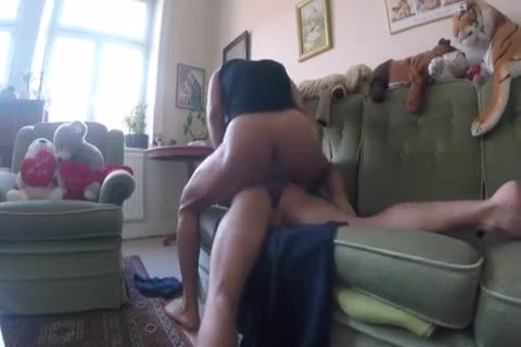 unprotected Sex In The Sofá & On The Floor  — Sess