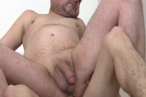 Barebacked daddy engulfing penis Until cum