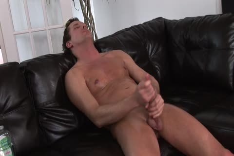 yummy fellow likes To Jerk His 10-Pounder On Camera For Your pleasure