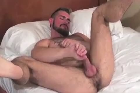 big Bear Daddy Breeds yummy pooper bang yummy hole In Some sexy Barebacking Session