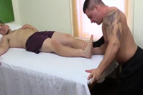 pumped up guy engulfing allies Toes