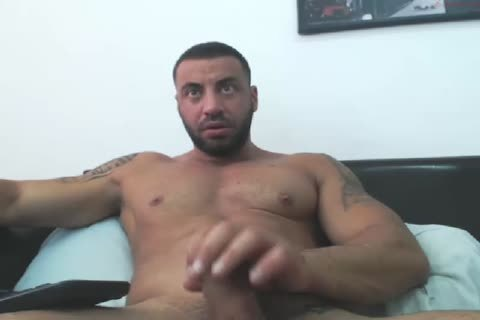 Arab Manbeast Edges His large rod