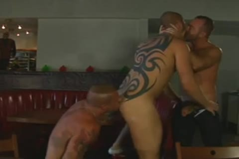 pumped up Tatted Daddies threesome fuck - BareSexyBoys.com