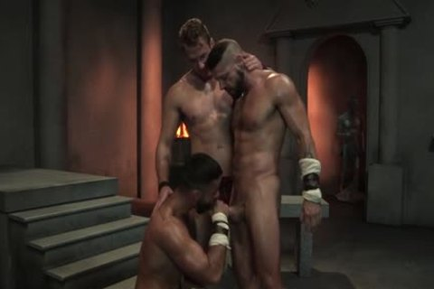 Muscle Bear three-some With ball cream flow