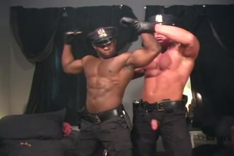 Two pumped up Cops nail Each Other