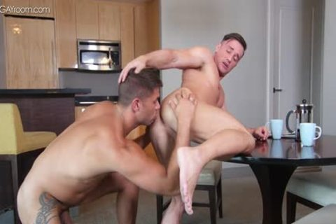 power Muscle Bottom Alexander Volkov receives nailed By Tyler Roberts