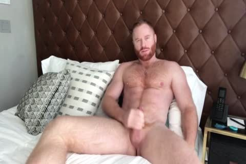 Furry Ginger Hunk jerking off