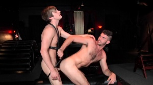 I'm Leaving u - Johnny Rapid and Jimmy Fanz pooper Hook up
