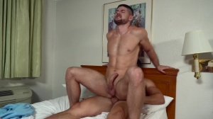 The Sting - Axel Kane and Connor Halstead pooper bang