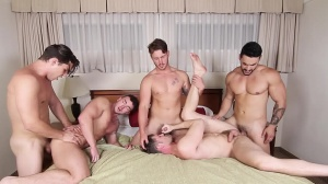 On The Run - Jacob Peterson and Arad Winwin butthole Hook up