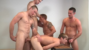 Muscle Worship - Phenix Saint and Johnny Rapid anal screw
