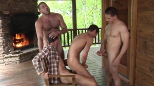Johnny In A Box: The Escape - Johnny Rapid and Ricky Larkin underwear Hook up