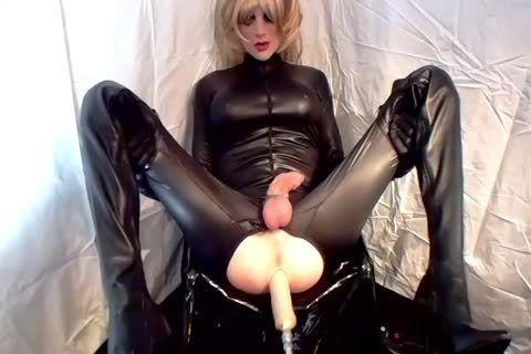 Sissy receives drilled
