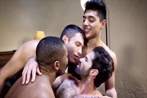 Daddy And twinks raw threesome