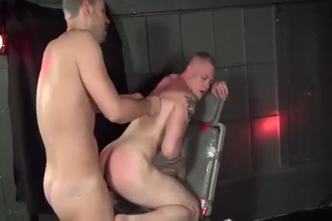 Business dude gets His Face Spunked