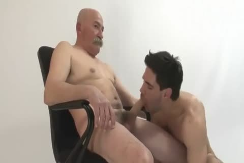 The Things grandpa And Grandson Do In Front Of The Camera
