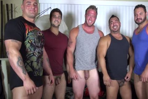 naked Party @ LATINO Muscle Bear abode - amateur fun W/ Aaron Bruiser