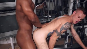 Bench Press My anal - Cody Smith  & DeAngelo Jackson American Hook up