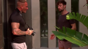 Drill My Hole: Billy Essex getting a facial outdoors