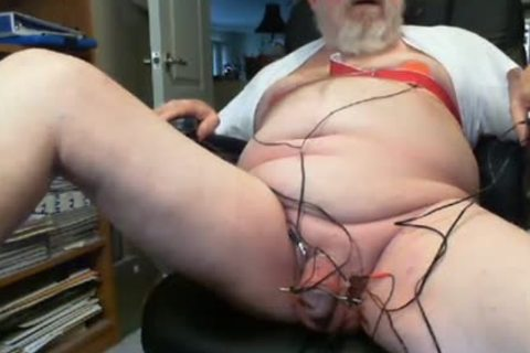 Thehungarianguy old Daddy Electro Stimulation sperm Session