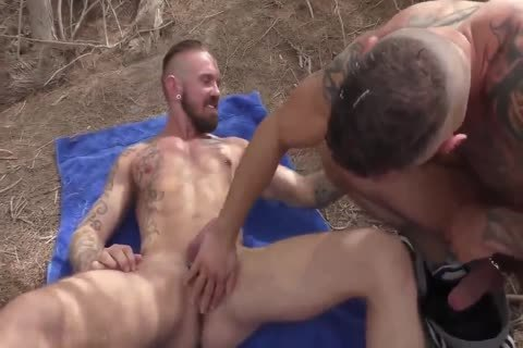 3 old fellows get Fertilized In Arid Nature