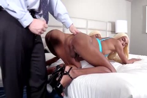 gay black Identical Crossdressing Sex With White dude