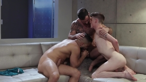 IconMale - Avery Jones with Adam Ramzi anal indoors
