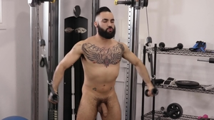 IconMale.com: Latin Zaddy with Max Adonis threesome
