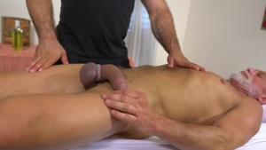 IconMale: Athletic Jaxton Wheeler touches big dick