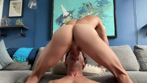 Next Door Homemade - Uncut cock Taylor Reign getting facial