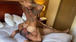 Extra Big Dicks: Alex Tikas and bear Atlas Grant rimming