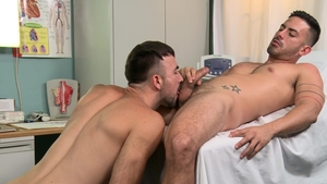 MenOver30 - Gay Cesar Rossi condom painful anal