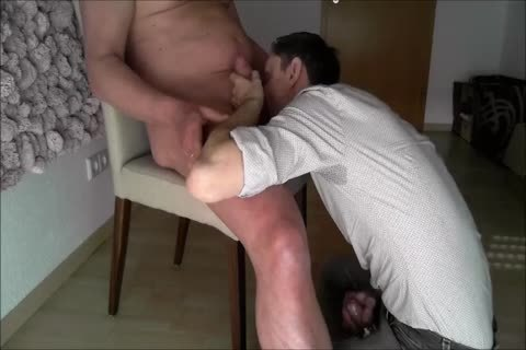 An daddy man acquires A sweet blowjob And I drink